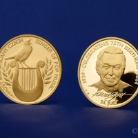 Zlatá medaile Karel Gott - anglická verze