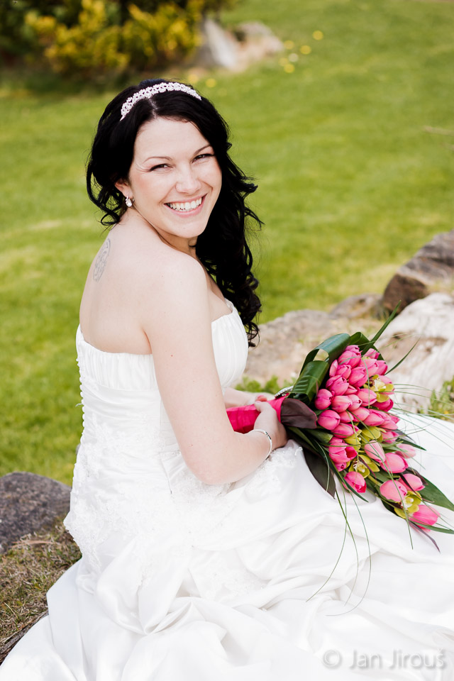 Nevěsta v zahradě Botanicus Ostrá (© Jan Jirouš)