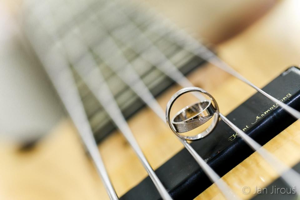 Detail snubních prstýnků (© Jan Jirouš)